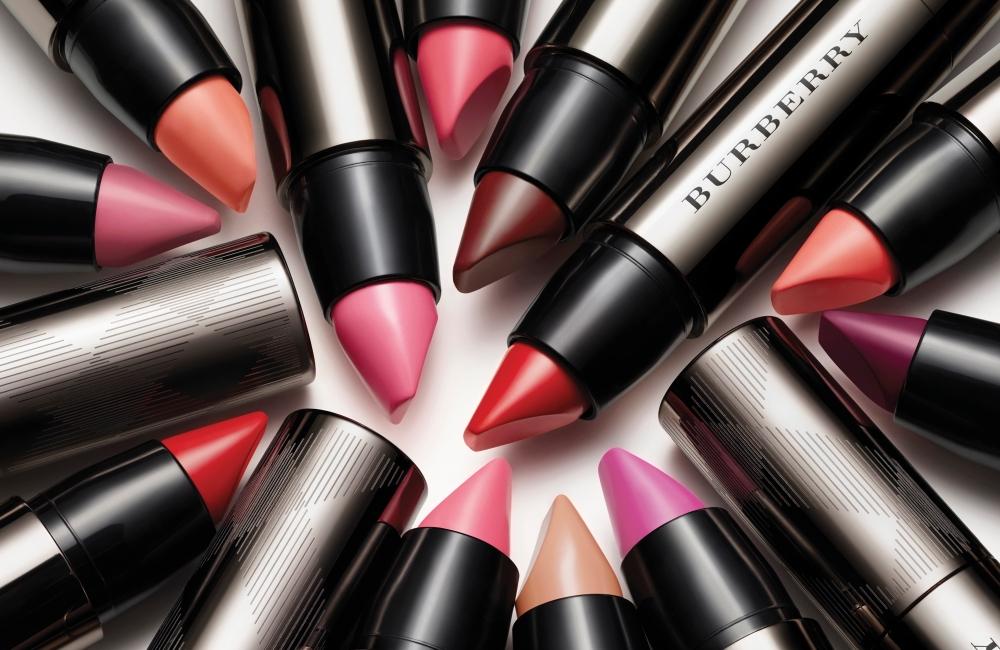 Burberry make-up - Burberry Full Kisses_003.jpg