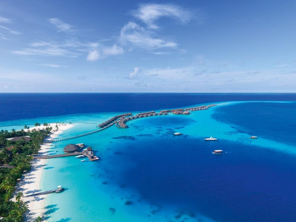halaveli-maldives-2016-aerial-01
