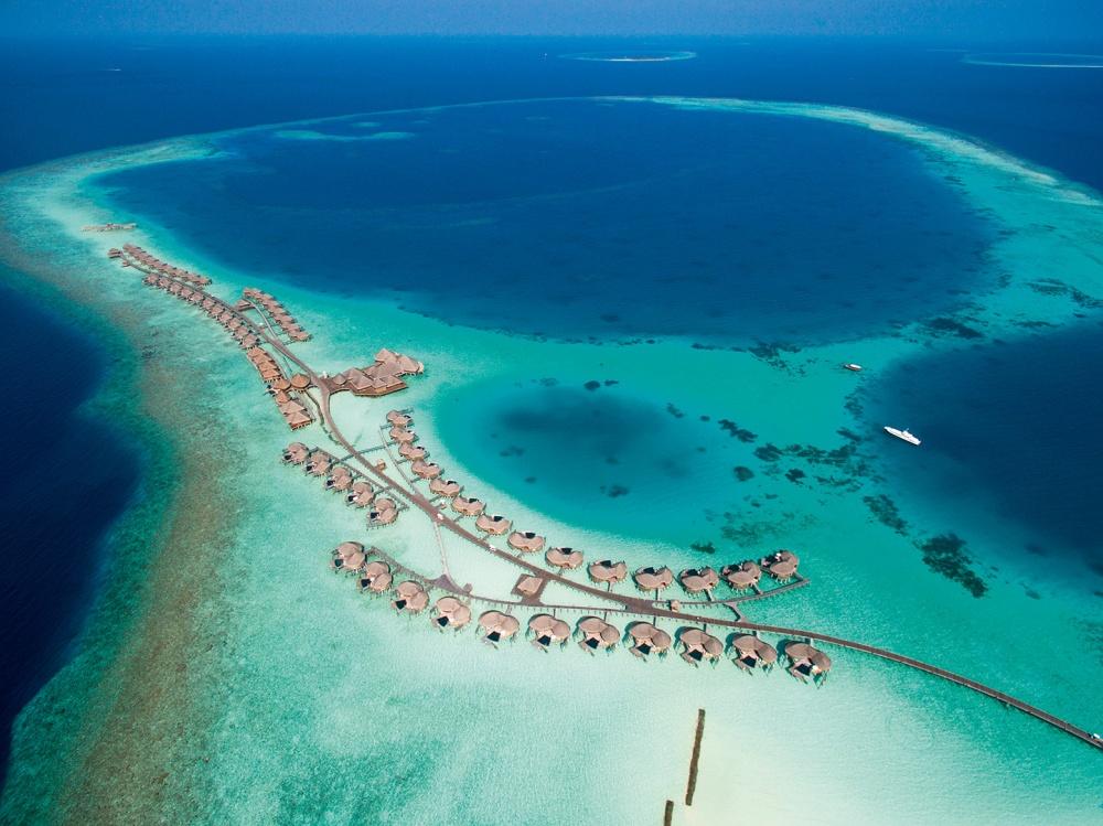 halaveli-maldives-2016-aerial-04